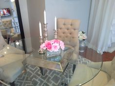 like the idea of a glass table :) Hollywood Chic apartment - Living Room Designs - Decorating Ideas - HGTV Rate My Space Apartment Chic, Dream Apartment, Apartment Design, Apartment Living, Apartment Ideas, Kitchen Dining Living, Dining Area, Dining Room, Decorating Ideas