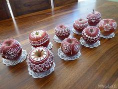 Jabĺčka cifrované / danke » SAShE.sk - slovenský handmade dizajn