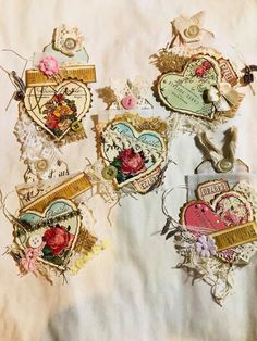 Most current Absolutely Free vintage Embellishments Tips Crocheting little shapes is usually a terrific way to help to make your personal made to order components – Fabric Journals, Art Journals, Book Crafts, Paper Crafts, Journal Vintage, Kirigami, Handmade Tags, Handmade Crafts, Candy Cards