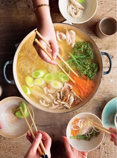 Mizutaki: A Japanese Hot Pot - The Happy Foodie