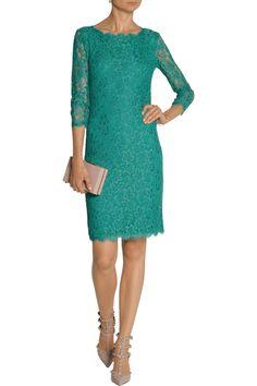 Diane von FurstenbergZarita lace dressoutfit