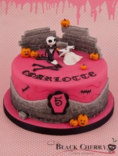 Girly Nightmare before Xmas Cake by Little Cherry Cake Company (T-Cakes)