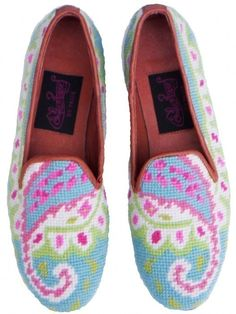 Needlepoint shoes! I could totally make these!
