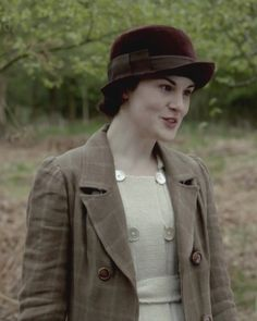 Downton Abbey, Mary. Love this daytime look.