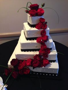 everything+red+and+black | black and white wedding cakes with red roses awesome 1 on cake awesome ...