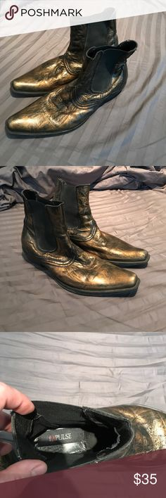 Gold Rock'n'Roll boots sz 10 Men's distressed gold rockstar boots. These leather upper boots are a size 10 but they do run a little big so they probably feel closer to a 10 1/2 11. They do have some small scuffs on the toe but they're barely noticeable and kind of add to the rock vibe! Impulse Shoes Boots