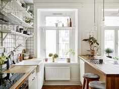 White kitchen with subway tile
