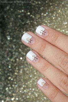 White and Gold nails || Festival Nails - click for step-by-step-tutorial