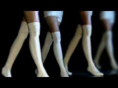 """""""Ostatki - nie widzisz stawki"""" to drugi singiel promujący płytę """"DODEKAFONIA"""" zespołu STRACHY NA LACHY. Clip zrealizowała ekipa Guzik Owcy.    Płyta """"Dodekafonia"""" ukazała się równolegle w dwóch formatach, na popularnym cd oraz po raz pierwszy w historii zespołu - na dwupłytowym winylu."""