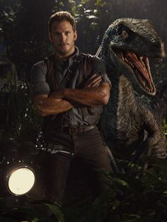 Here is a Brand NEW ! Still pic from Jurassic World Featuring Chris Pratt and a Animatronic Velociraptor. Jurassic World hits the big screen on June 2015 ! Jurassic World Chris Pratt, New Jurassic World, Jurassic Movies, Pulp Fiction, Science Fiction, Thriller, Silviu Tolu, Michael Crichton, World Movies