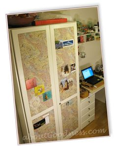 Love the inspirations boards on the cupboard doors....I think I'd just have one big board on a wall somewhere though....I think I'd knock stuff off the doors if I did this.....