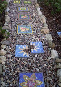 Cool 200 Rocks And Stones Walkway Design Ideas https://architecturemagz.com/200-rocks-and-stones-walkway-design-ideas/
