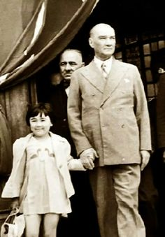 German Volkischer Beobachter gazetesiatatürk Turkey & # t the only enemy remained . - adel home Historical Quotes, Historical Pictures, Adele, Turkey History, Ottoman Turks, Riders On The Storm, Turkish Army, Happy Children's Day, The Turk