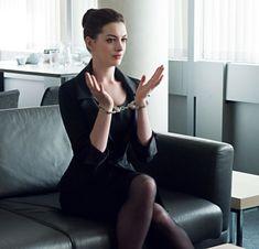 Anne Hathaway as Selina Kyle in The Dark Knight Rises Anne Jacqueline Hathaway, Anne Hathaway Catwoman, Beautiful Celebrities, Beautiful Women, Anne Hattaway, The Dark Knight Rises, Actrices Hollywood, Lady, Divas