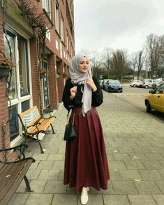 Modest Fashion Hijab Beautiful Hijab Style for Autumn Fall Winter Modest Fashion Top Pick Modest Fashion Hijab, Modern Hijab Fashion, Modesty Fashion, Casual Hijab Outfit, Hijab Fashion Inspiration, Islamic Fashion, Muslim Fashion, Mode Inspiration, Fashion Outfits