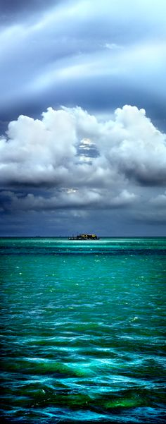 Stiltsville house in Biscayne Bay, Miami-Dade County Miami Florida, Florida Beaches, South Florida, Color Menta, Sunshine State, Salt And Water, The Great Outdoors, Seaside, Beautiful Places