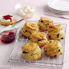 Learn to make traditional British fruity scones with this foolproof recipe from Mary Berry. Enjoy with lashings of jam and cream for a classic cream tea. Mary Berry Scones, Mary Berry Muffins, Cream Tea, Baking Recipes, Dessert Recipes, Scone Recipes, Tea Recipes, Kitchen Recipes, Breakfast Desayunos