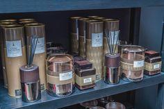 Interior Architecture showroom in Mies - Switzerland Showroom, Interior Design, Luxury, Projects, Rum, Nest Design, Log Projects, Blue Prints, Home Interior Design