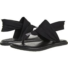 Just bought these Sanuk Yoga sandals. I actually didn't get black! Yoga Sandals, Sanuk Sandals, Shoes Sandals, Sock Shoes, Cute Shoes, Me Too Shoes, Shoe Boots, Free Clothes, Crazy Shoes