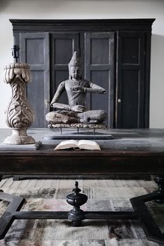 ♅ Dove Gray Home Decor ♅  zen room in greys