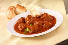 Die Österreichische Küche ist geprägt von vielen Einflüssen, den Ungarn verdanken wir das Gulasch!