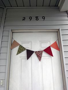 Pennants. I finally found a good how-to.