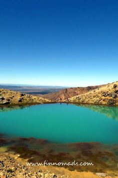 Emerald Lakes in Tongariro Alpine Crossing. Emerald Lake, Volunteer Abroad, New Zealand Travel, Budget Travel, Continents, Travel Pictures, Beautiful World, Wonders Of The World, Lakes