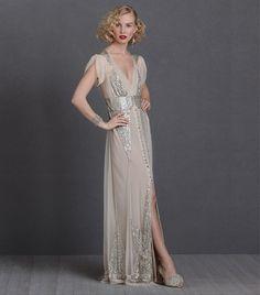 e7e7c5a744ca 16 Gorgeous Wedding Dresses For Every Style And Budget