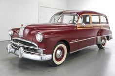Bid for the chance to own a 1949 Pontiac Streamliner Woodie at auction with Bring a Trailer, the home of the best vintage and classic cars online. Vintage Cars, Antique Cars, Pontiac Cars, Pontiac Grand Prix, Shooting Brake, Classic Cars Online, Station Wagon, Car Car, Vintage Photography
