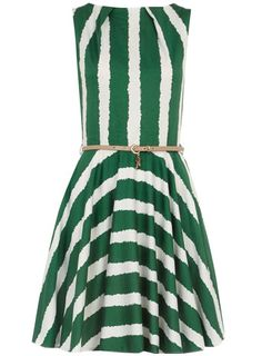 Dorothy Perkins  Green belted flared dress