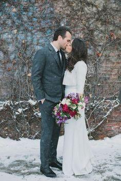 39 Chic Winter Wedding Coverups to Try   HappyWedd.com #PinoftheDay #chic #winter #wedding #coverups