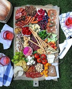 a cheese and charcuterie board without wine in just a lunchables Party Platters, Cheese Platters, Food Platters, Tapas, Kettle Chips, Wedding Reception Food, Grazing Tables, Meat And Cheese, Charcuterie Board