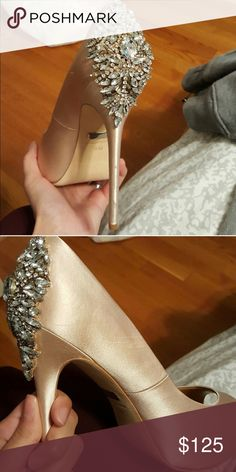 Size 9 Badgley Mischka Wedding Heels Champagne Only worn once for my wedding, great condition! Badgley Mischka Shoes Heels
