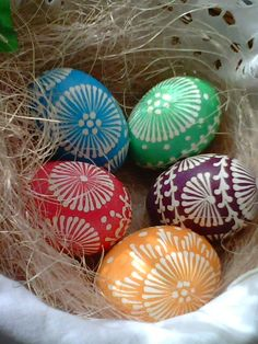 Romans z szydełkiem: Pisanki Iwony Eastern Eggs, Polish Easter, Polish Folk Art, Egg Art, Polish Recipes, Spring Has Sprung, Food Crafts, Egg Decorating, Art Projects