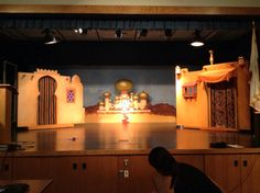 backdrop & 2 movable building fronts, Aladdin