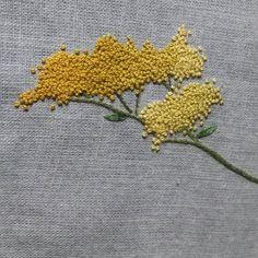 #flower  hand embroidery  #마타리꽃 #야생화자수 #올만에 수놓는 마타리꽃..