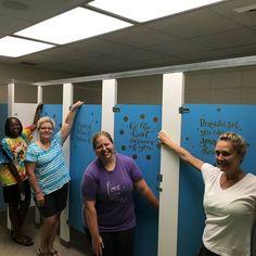 Middle school girls' bathroom gets an inspiring upgrade in Hoover, Alabama. School Pranks, School Bathroom, School Murals, School Leadership, School Painting, School Social Work, School Office, Leader In Me, Student Council