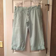 Selling this SALEAE Cuffed Capris in my Poshmark closet! My username is: marinajolene. #shopmycloset #poshmark #fashion #shopping #style #forsale #American Eagle Outfitters #Pants