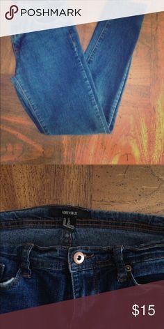 Weekend Sale!!  Forever 21. Stretch 5 pocket blue jeans Jeans Skinny