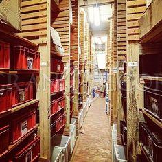 На складе Грандекор в Москве всегда  много погонажных изделий и резьбы. Наш дежурный менеджер поможет  выбрать артикул, определиться с количеством и оформить заказ. Огородный проезд,5 стр14. #Грандекор #складпогонажа #купитьдекор