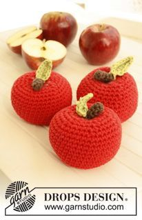 "Free pattern: Crochet DROPS apple in ""Paris"". Design amigurumi Ambrosia / DROPS Children - Free crochet patterns by DROPS Design Crochet Diy, Crochet Apple, Crochet Gratis, Crochet Food, Crochet Kitchen, Love Crochet, Crochet For Kids, Crochet Dolls, Crochet Flowers"