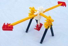 K'NEX Mini seesaw Stem Science, Science For Kids, After School Club Activities, Stem Activities, Activities For Kids, Lego Club, Simple Machines, Stem Challenges, Seesaw