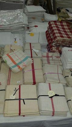 Torchons. Red stripes. French antique linen. Brocanteetcuriosites@gmail.com Brocanteetcuriosites.com