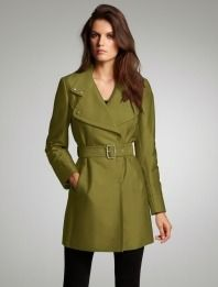 Sateen Trench Coat #holidaystyle