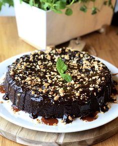 Her er vinnerne fra Norges beste bakst 2018 - Bremykt Norwegian Food, Norwegian Recipes, Chocolate Cake, Acai Bowl, Cravings, Cake Recipes, Food And Drink, Baking, Snacks