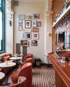 60 Restaurant Interiors Ideas In 2020 Restaurant Restaurant Interior Restaurant Design
