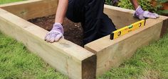 How to build a sandpit   Wickes.co.uk