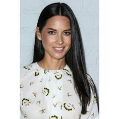 Olivia Munn At Arrivals For Samsung Galaxy S6 And S6 Edge Launch Canvas Art - (16 x 20)