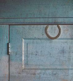 Horseshoe | Above the door.  Nice !