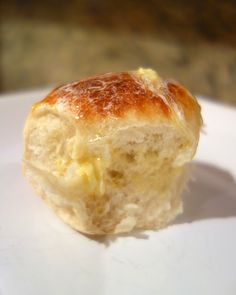 Slow Cooker Dinner Rolls - make bread in the slow cooker!